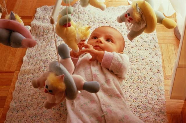 Лучшие игрушки для детей 2 месяца